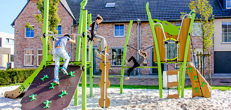 Multi-play equipment
