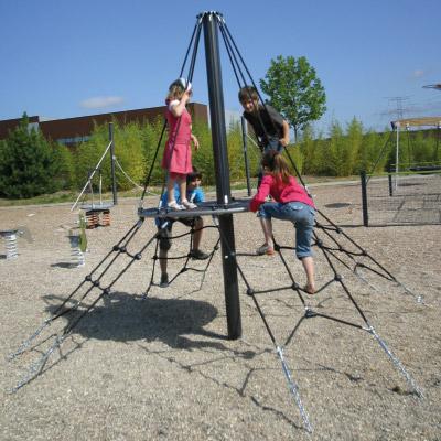 Kleine Netz-Pyramide -  J4815