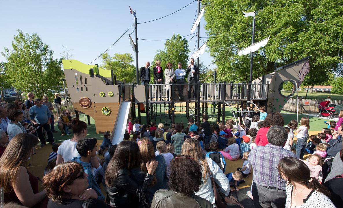 Une fr gate ludique inaugur e dans le jardin de la marine for Le jardin imperial marines de cogolin