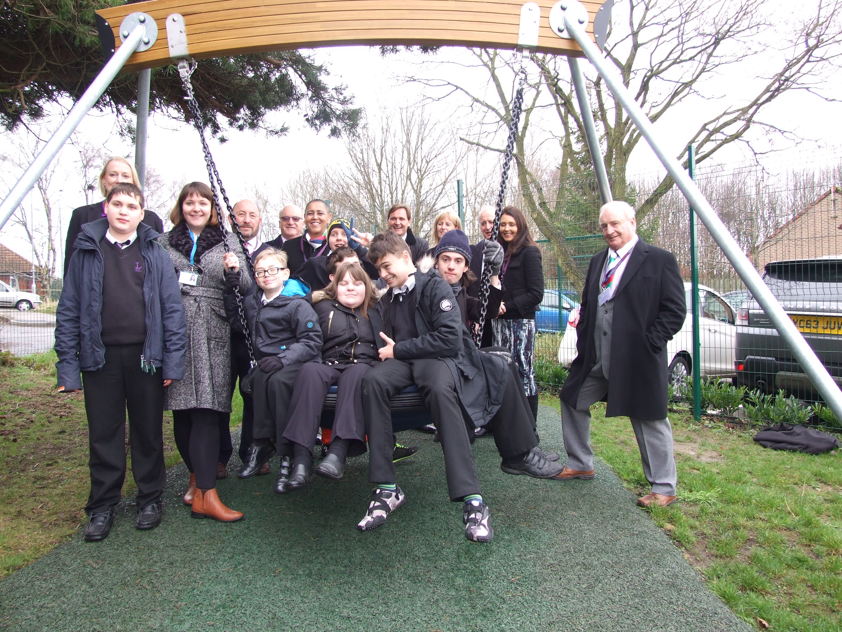Case Studies: Lighthouse School Leeds School Play Equipment Play Park Image 6