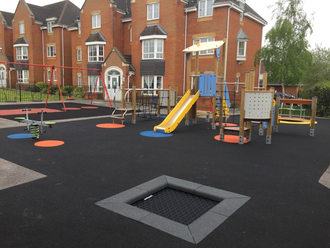 Kings Chase Play Area
